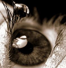 Глазные капли: как закапывать правильно?