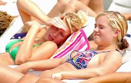 Стресс является виновником быстрого роста груди у девочек