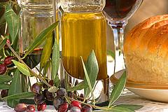 А знаете ли вы, что запах оливкового масла помогает худеть?