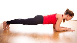 Для чего и как делать упражнения планка?