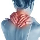 Лечение боли в шее и плечах упражнениями с гантелями. Видео-инструкция
