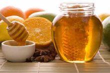 Как убрать жир с живота с помощью медового массажа?