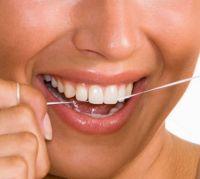 А знаете ли вы, что применение зубной нити грозит потерей зубов?