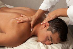 Чем отличаются друг от друга остеопатия и мануальная терапия?