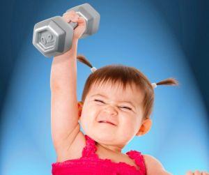 Фитнес для детей обязательно должен включать в себя силовые тренировки