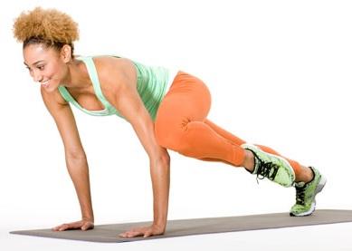 Фото упражнения коленного твиста планка