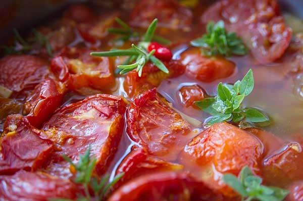 тушеные томаты